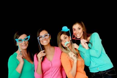 Trabalho em família! A Juliana com suas irmãs e mãe.