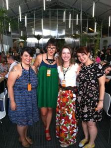 No São Paulo Fashion Week com a equipe Ávidas.