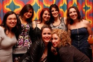 Estela e as sócias na festa de um ano do Colherada Cultural.